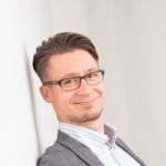 Miradore kommer närmare sina kunder i Sverige