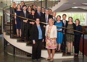 Carol Cribbs, Chief of Staff från DHS Science and Technology och MSB:s generaldirektör Helena Lindberg framför de bägge ländernas delegationer. Foto: MSB