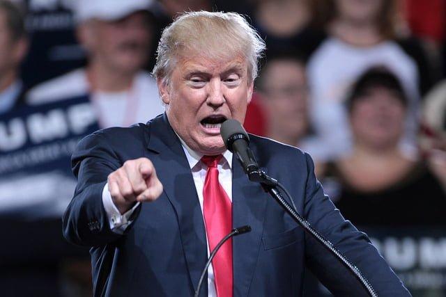Donald Trump får skadlig kod att öka