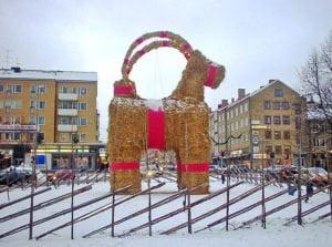 640px-gavle_christmas_billy_goat