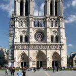 Notre-Dame i lågor